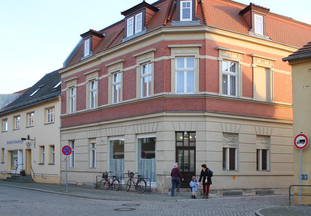 Kleiderkammer in der Lindenstraße 66